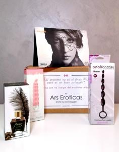 Esta es la caja que Ars Eroticas ha diseñado especialmente para todos y todas vosotras.